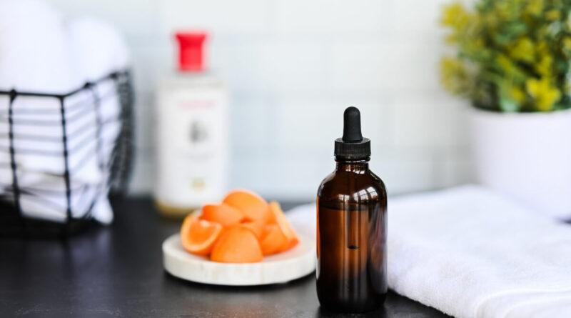 Vitamin C & Witch Hazel Facial Toner Recipe
